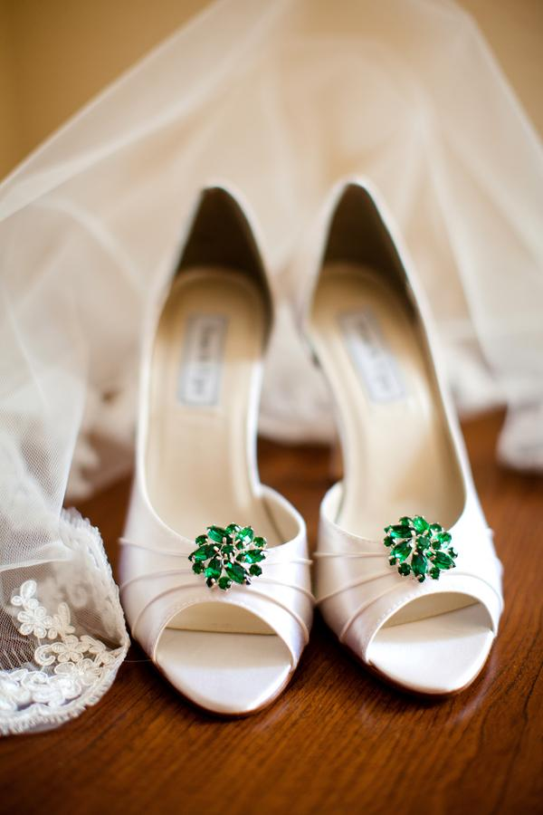 green bridesmaid shoes1 Party Simplicity Saint Patricks Day Wedding Celebrations