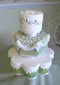 Irish Wedding cake 211x300 Party Simplicity Saint Patricks Day Wedding Celebrations