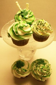 St. Pattys Day cupcakes 196x300 Party Simplicity Saint Patricks Day Wedding Celebrations